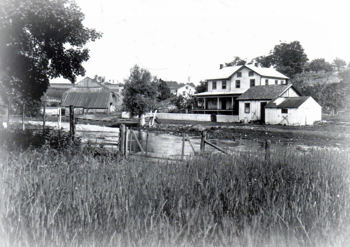 The Waterside Farm